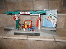 une gare train playmobil compatible référence 5258