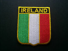 BACKPACKERS NATIONAL COUNTRY SHIELD FLAG SEW/IRON ON PATCH:- IRELAND