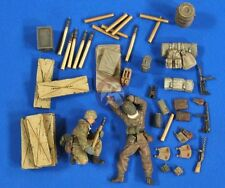 Verlinden 1/35 German 7.5 cm PaK 40 Gun Ammo, Gear and Crew (2 Figures) 2747