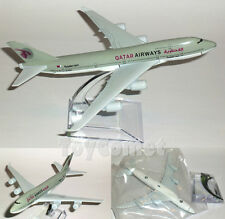 QATAR AIRWAYS Boeing 747 Airplane 16cm DieCast Plane Model