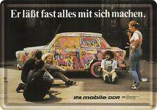 Nostalgic-Art - Blechpostkarte 10 x 14 cm - Trabant Graffiti