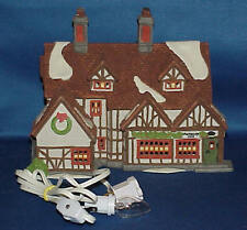 DEPT 56 DICKENS VILLAGE ASHBURY INN  #55557  W/BOX  MUST SEE