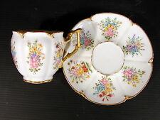 Superbe Tasse & sous-tasse Porcelaine Paris XVIII° Rococo décor peint fleurs