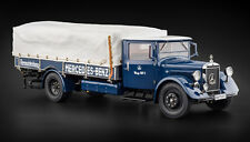 Mercedes-Benz Racing Car Transporter Truck LO 2750 in 1:18 by CMC CMC144