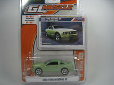 FORD MUSTANG GT 2006 1/64 GREENLIGHT (GREEN)