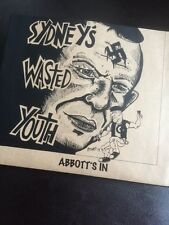 SYDNEYS WASTED YOUTH. HARDCORE PUNK COMPILATION TOE TO TOE THE CORPS BONELESS