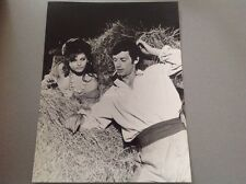"JEAN PAUL BELMONDO - CLAUDIA CARDINALE  "" CARTOUCHE ""  - PHOTO DE PRESSE 17x21cm"