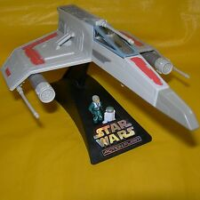 STAR WARS Micro Machines Action Fleet Rebel E-WING STARFIGHTER Pilot & R7 Droid