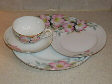 NORITAKE CHINA AZALEA PATTERN 4 PIECE SETTING GOLD TRIMMED RED MARK EXCELLENT!