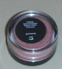 Bare Escentuals PRESENT (melon sorbet) Eye Shadow / Eyecolor - Mini Size - New