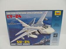 eso-11178 Zvezda 7265 1:72 Sukhoi SU-24 Bausatz geöffnet