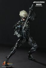 Sideshow Hot Toys VGM17 Metal Gear Rising: Revengeance Video Game Raiden Figure