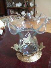 Table top brass with wave glass candle holder (REDUCE