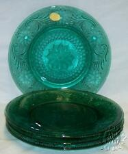 4 TIARA EXCLUSIVES SPRUCE GREEN SANDWICH GLASS SALAD LUNCH DESSERT PLATES * MINT