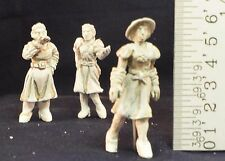 """O/On3/On30/1/48/1:48 – """"2 Gossips and a Fox"""" O Scale Figures (3)"""