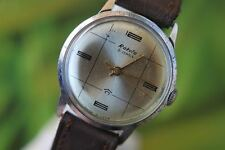 GREAT MEN'S VINTAGE MECHANICAL: HAND-WINDING USSR RAKETA WATCH 21 JEWELS