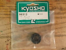 96312 Clutch Shoe (3 Piece Clutch Shoes with Spring) - Kyosho