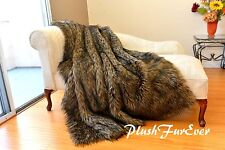 5' x 6' New  Exotic Wolf Faux Fur Throws Lodge Cabin Home Accents Decors