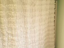 NEW CYNTHIA ROWLEY RUFFLED SHABBY CHIC COTTAGE BEACHY SHOWER CURTAIN WHITE NWT