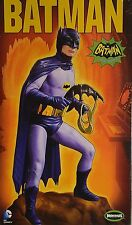 BATMAN CLASSIC ADAM WEST 1966 FIGURE 1:8 SCALE MOEBIUS 950 PLASTIC KIT