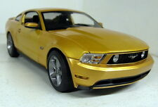 Greenlight escala 1/18 01673 2010 Ford Mustang GT Coche Modelo Diecast Metálico Oro