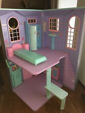 BARBIE TWO STORY FOLD UP DOLL Town HOUSE-2009 27x15 Purple
