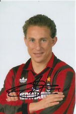A.c. milan main signé jean pierre papin 6X4 photo.