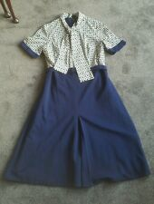 Vintage navy and leaf pattern winter dress size 12 retro unique bought for £35