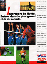 PUBLICITE ADVERTISING 045  1986   LA HUTTE INTERSPORT  la Fifa  vetements foot