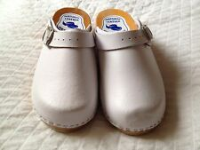 Women's Damaged Wooden Leather White Clogs With Buckle Slip Resistant Size 7.5