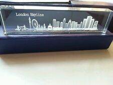 LONDON 3D SKYLINE CRYSTAL GLASS  SHOWPIECE , PAPER WEIGHT SOUVENIR IN GIFT BOX