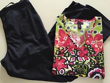 Medical Scrub Set Printed Mock Top w/ Solid Black Pant (XL)