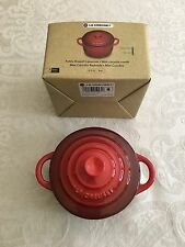 New! Le Creuset Red Mini Round Cocotte Ramekin With Lid-Stoneware