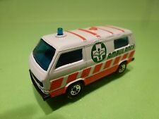 MATCHBOX VW VOLKSWAGEN T3 TRANSPORTER AMBULANCE - WHITE 1:62 - GOOD CONDITION