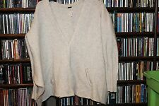 Free People Off white Oatmeal wool Oversized Cardigan snap cape M (b116)