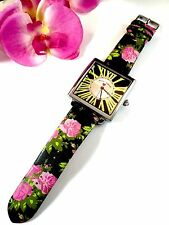 SENSATIONAL BETSEY JOHNSON LIMITED EDITION RUNWAY COLLECTION HUGE SQUARE WATCH