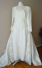 VINTAGE LACE PEARLS LINED IVORY DETACHABLE LONG TRAIN WEDDING DRESS GOWN