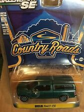 Greenlight COUNTRY ROADS 2015 Ford F-150 w/ camper shell.  green gem