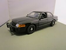 MOTORMAX 1/18 UNMARKED BLACK FORD CROWN VIC POLICE CAR USED **NO LIGHTS** NO BOX