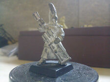 WARHAMMER FANTASY-HIGH ELF BOLT THROWER CREW-HIGH ELVES- GW