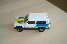 Matchbox Superfast No27 JEEP CHEROKEE 4X4 in WHITE with QUADTRAK tampos