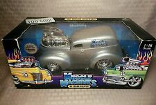 MUSCLE MACHINES 1/18 scale Diecast '40 Sedan Delivery (1940) Silver