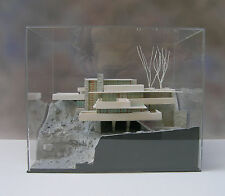 ARCHITECTURAL MODEL 1:100 scal-WRIGHT-FALLINGWATER-plexiglas cover-made in Italy