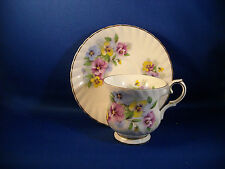 ELIZABETHAN ENGLAND - FINE BONE CHINA CUP & SAUCER  PANSY FLOWERS - FIRED GOLD