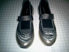 Lands End~Mary Jane Flats~Gray~6 M~Comfort Shoes~New
