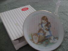 "VINTAGE AVON ""A MOTHERS WORK IS NEVER DONE"" SMALL PLATE WITH STAND"