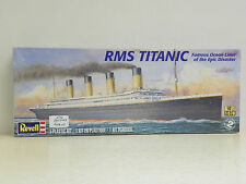 "REVELL 1:570 SCALE U/A ""RMS TITANIC"" PLASTIC MODEL KIT #85-0445"