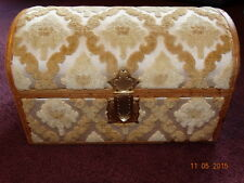 Very Rare Vintage Saks Fifth Avenue Made in Italy Gold Yellow Carpet Jewelry box