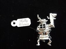 VINTAGE KELLY WATERS PEWTER JEWELRY PIN BROOCH POT BELLY STOVE