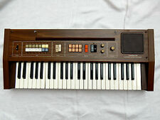 Cool vintage keyboard synthesizer CASIO  Casiotone 301 in working condition